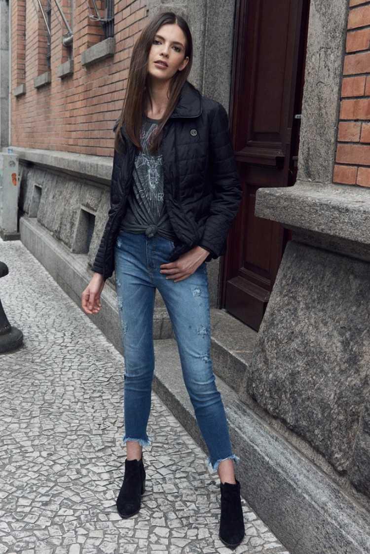 jaqueta preta estilo esportivo