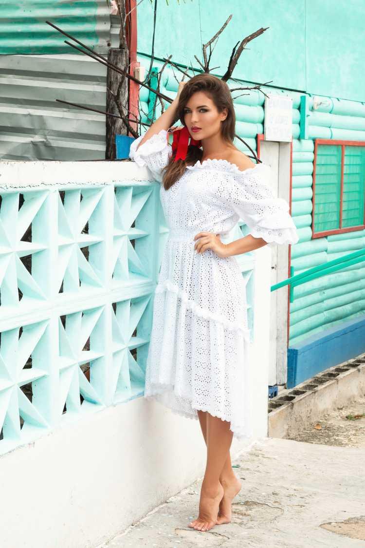 look com vestido de renda para praia