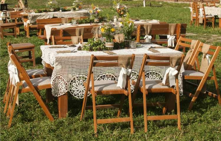 mesas de casamento com forros de renda