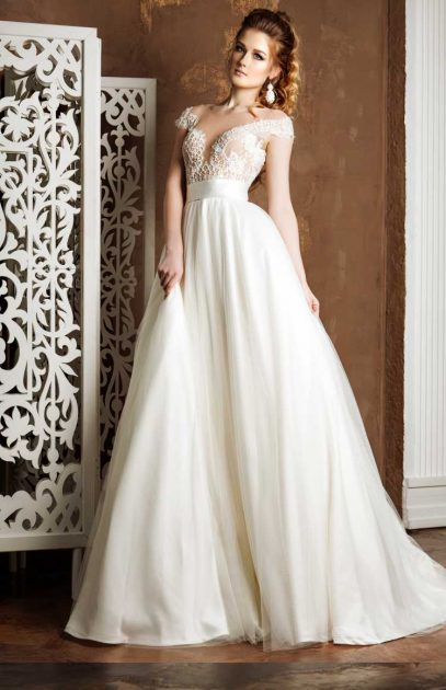 vestido de noiva em tafetá rodado ombro a ombro