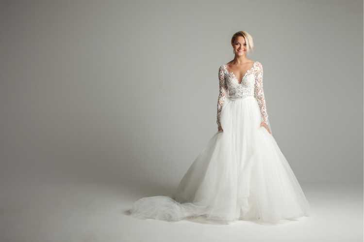 vestido de noiva perfeito em tule com manga longa