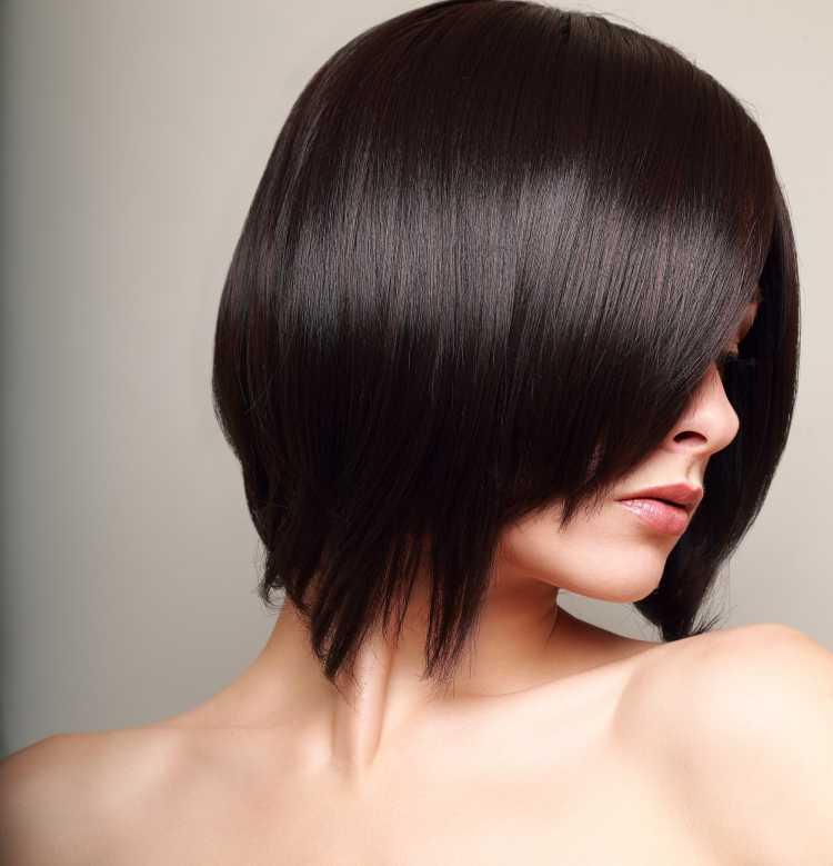 corte de cabelo bob assimétrico