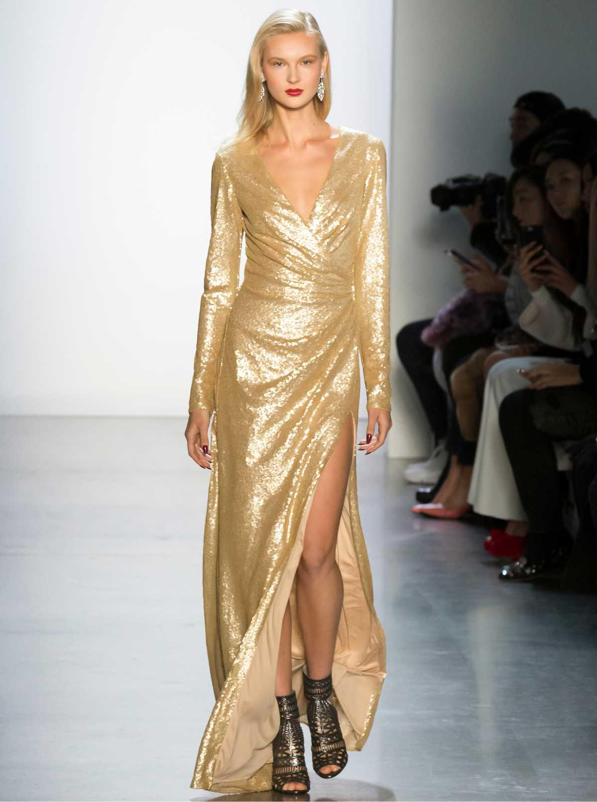 vestido longo dourado