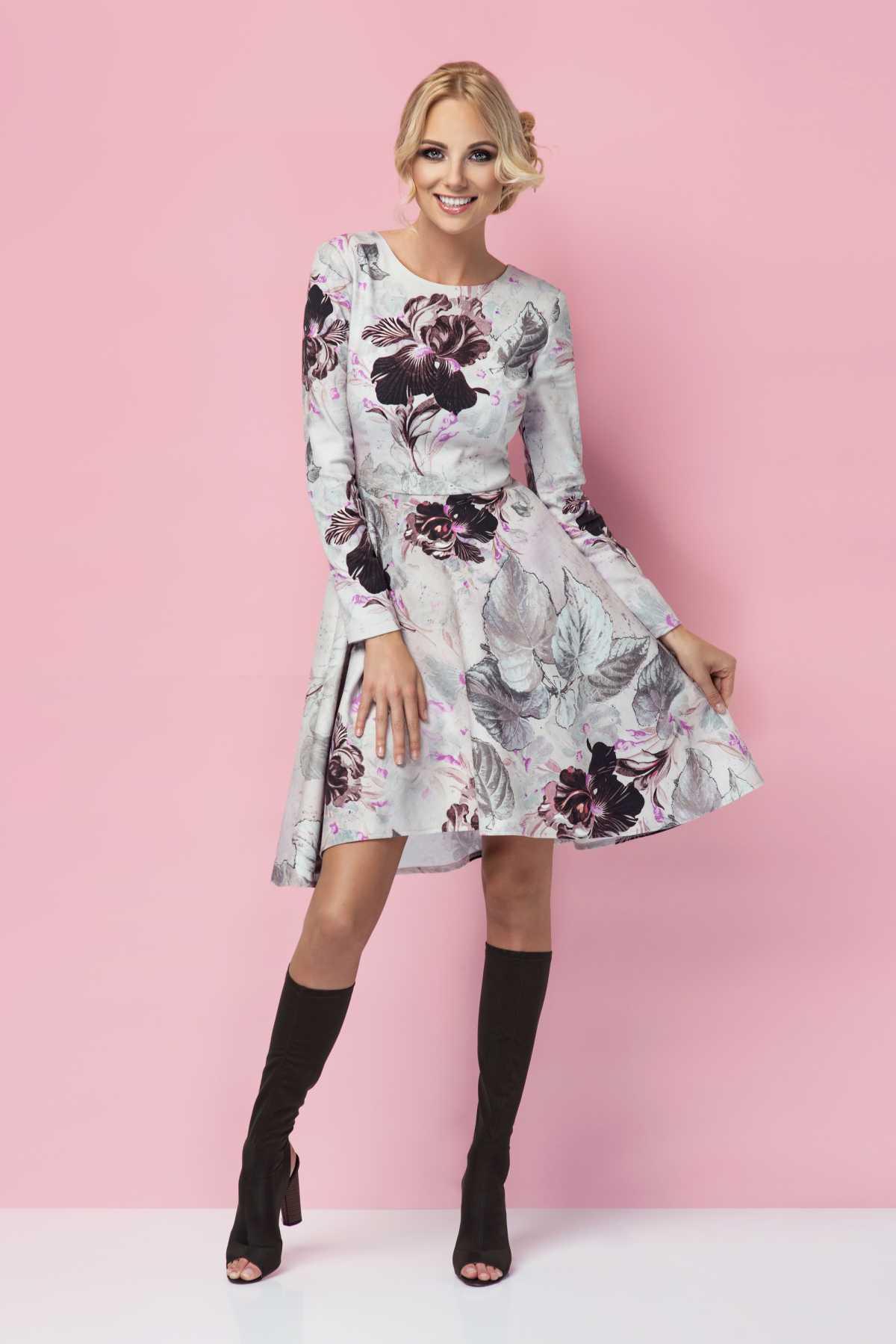 vestido floral é tendência neste inverno