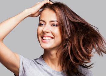Cuidados pós progressiva: 6 dicas para manter os fios lisos por mais tempo