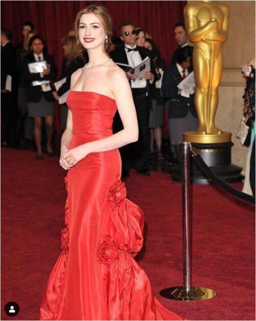 Look Ostentação Anne Hathaway